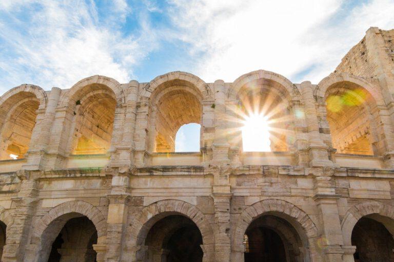 the-amphitheatre-of-arles-2591508_1280