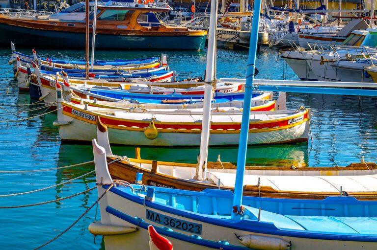 fishing-boat-2103041_1920