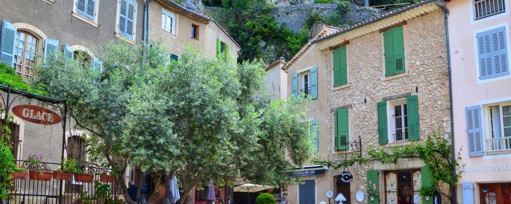 moustiers-sainte-marie-5242779_1280